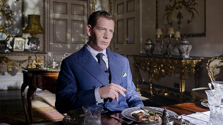 پادشاه بریتانیا در فیلم تاریکترین ساعت