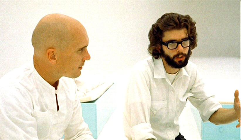 لوکاس جوان سر صحنهی فیلم THX 1138